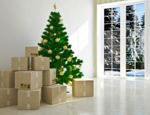 Moving during holidays: pros, cons and tips